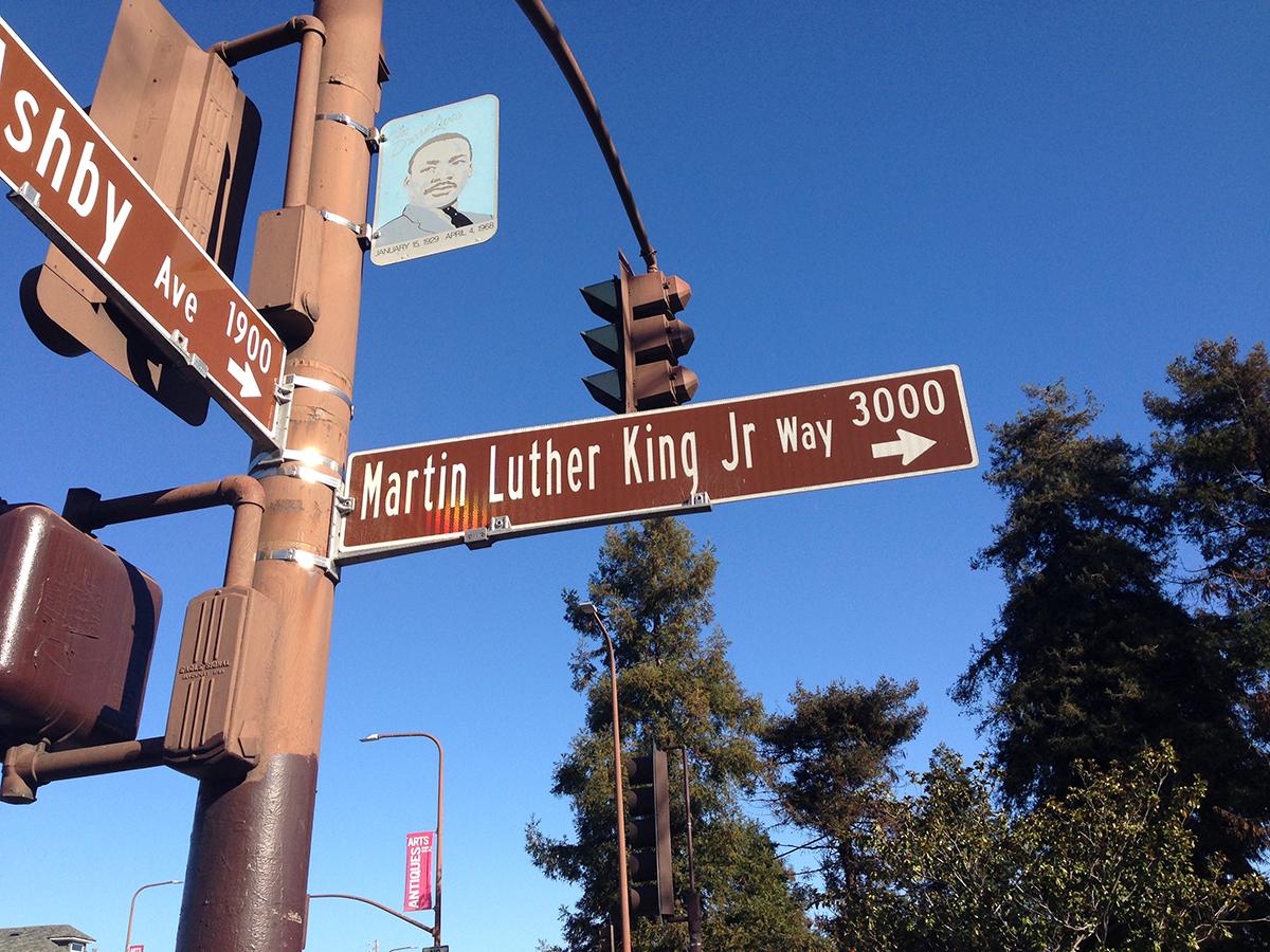 6 Street Sign Berkeley _2076.jpg